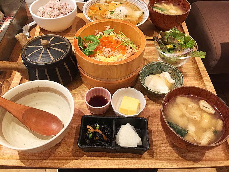 384【静岡】品数多めが嬉しいカフェの定食ランチ「kawara CAFE&KITCHEN(カワラ カフェアンドキッチン)」