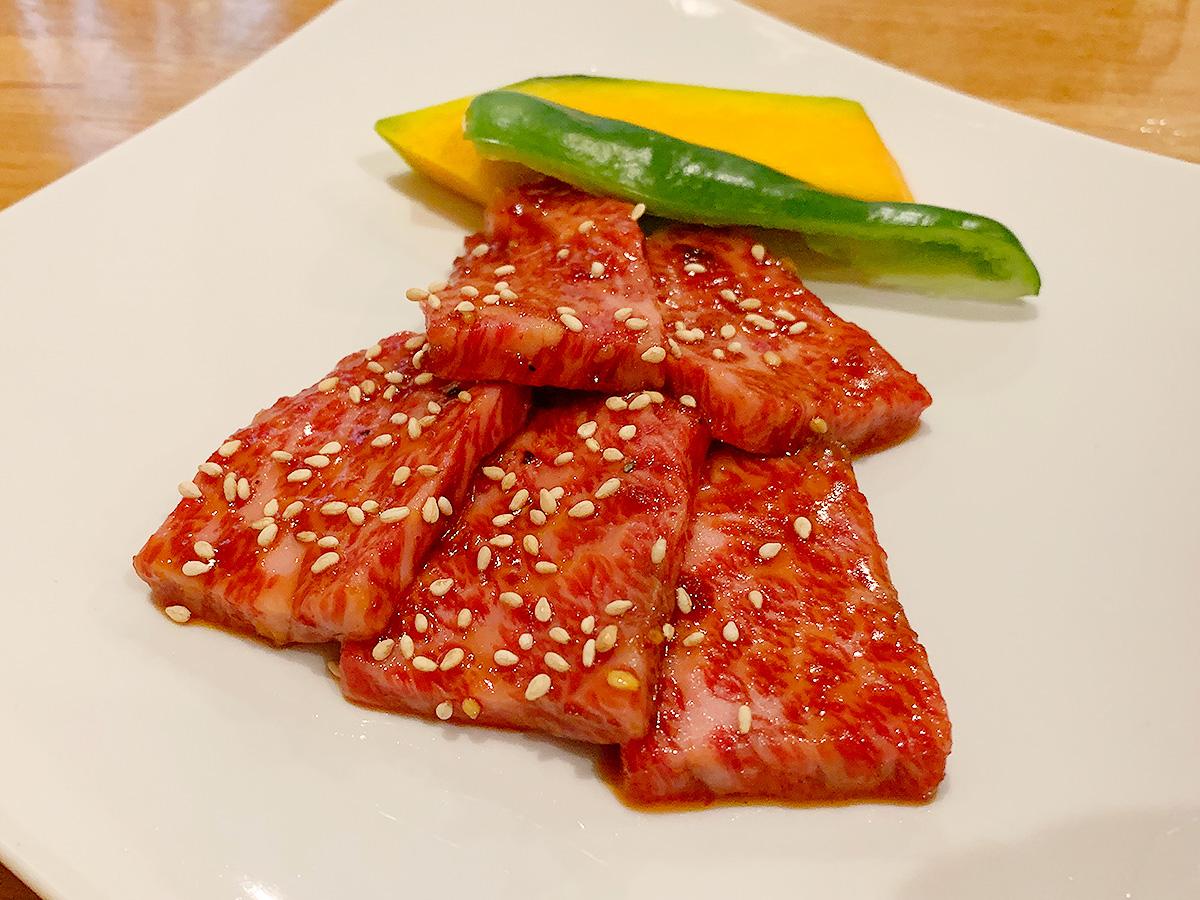 561【京都・二条】タレが美味しい!肉もサイドメニューも◎な焼肉屋「炭火焼肉 王」
