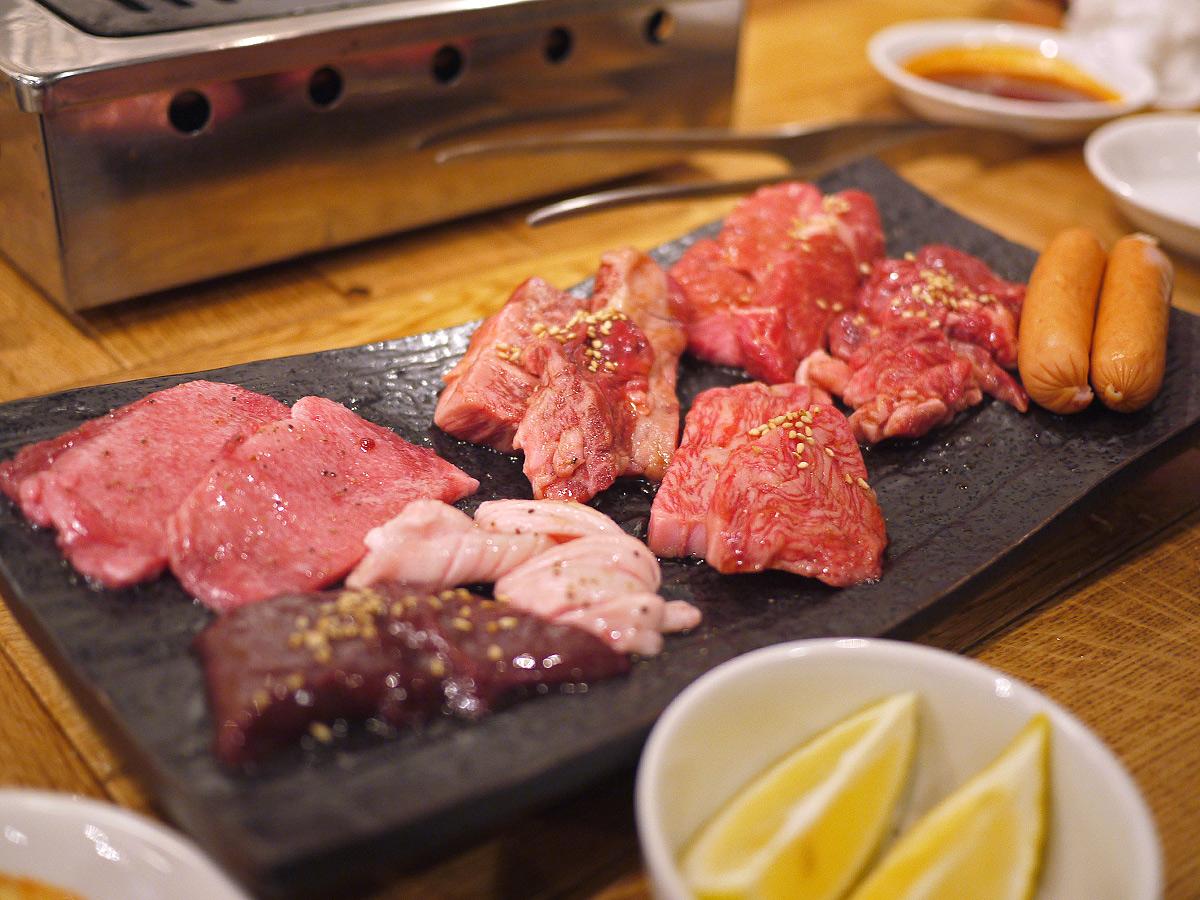 579【恵比寿】肉もタレもお酒も全部旨い!「大阪焼肉 塩ホルモン あきちゃん」