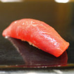 591【溜池山王】正統派な鮨を心ゆくまで楽しめるランチコース「寿し処 寿々(すず)」