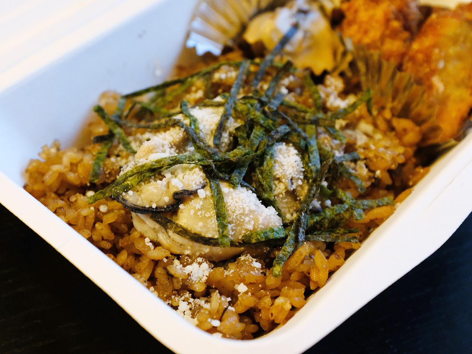 牡蠣とワインが美味しい「VINOBLE(ヴィノーブル)」のテイクアウト弁当@溜池山王