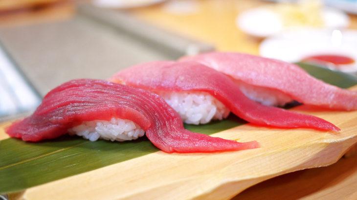 富士:大きなネタと豊富なメニューが楽しい「沼津魚がし鮨 流れ鮨」